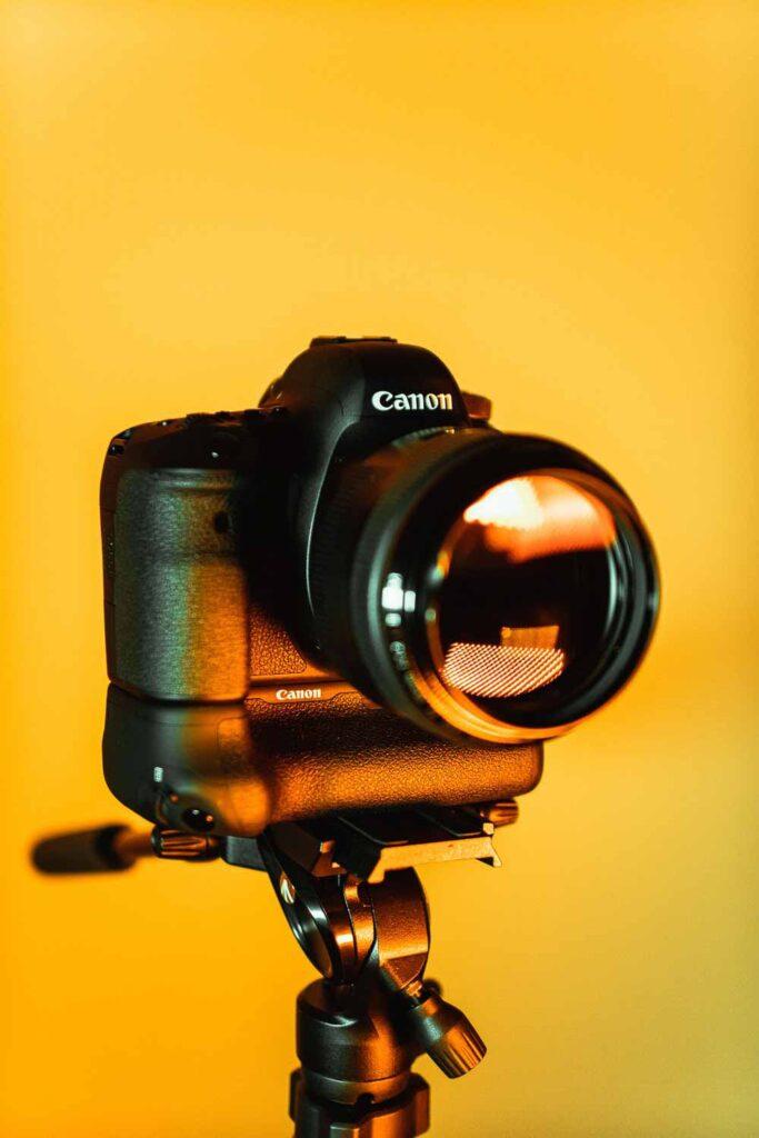 Et spejlreflekskamera eller et systemkamera kan virke overvældende med alle de forskellige muligheder for indstilling.